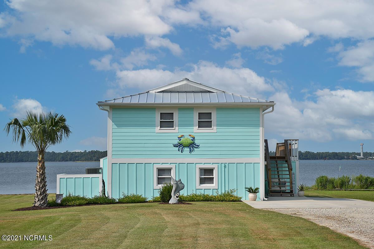 Photo of 171 Hall Point Road, Sneads Ferry, NC 28460 (MLS # 100291128)