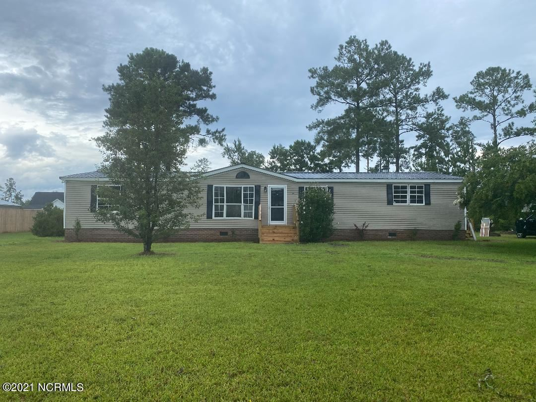 Photo of 108 Bellhammon Drive, Rocky Point, NC 28457 (MLS # 100285130)