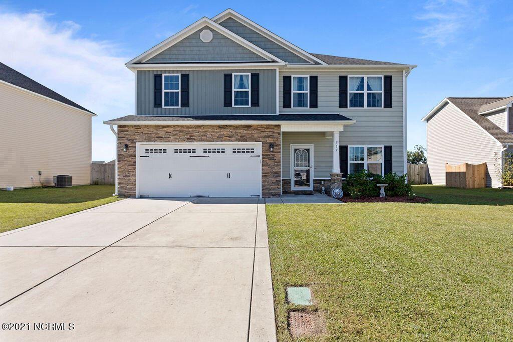Photo of 917 Roswell Lane, Jacksonville, NC 28546 (MLS # 100295130)