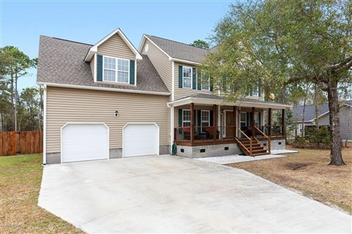 Photo of 1426 Chadwick Shores Drive, Sneads Ferry, NC 28460 (MLS # 100205131)