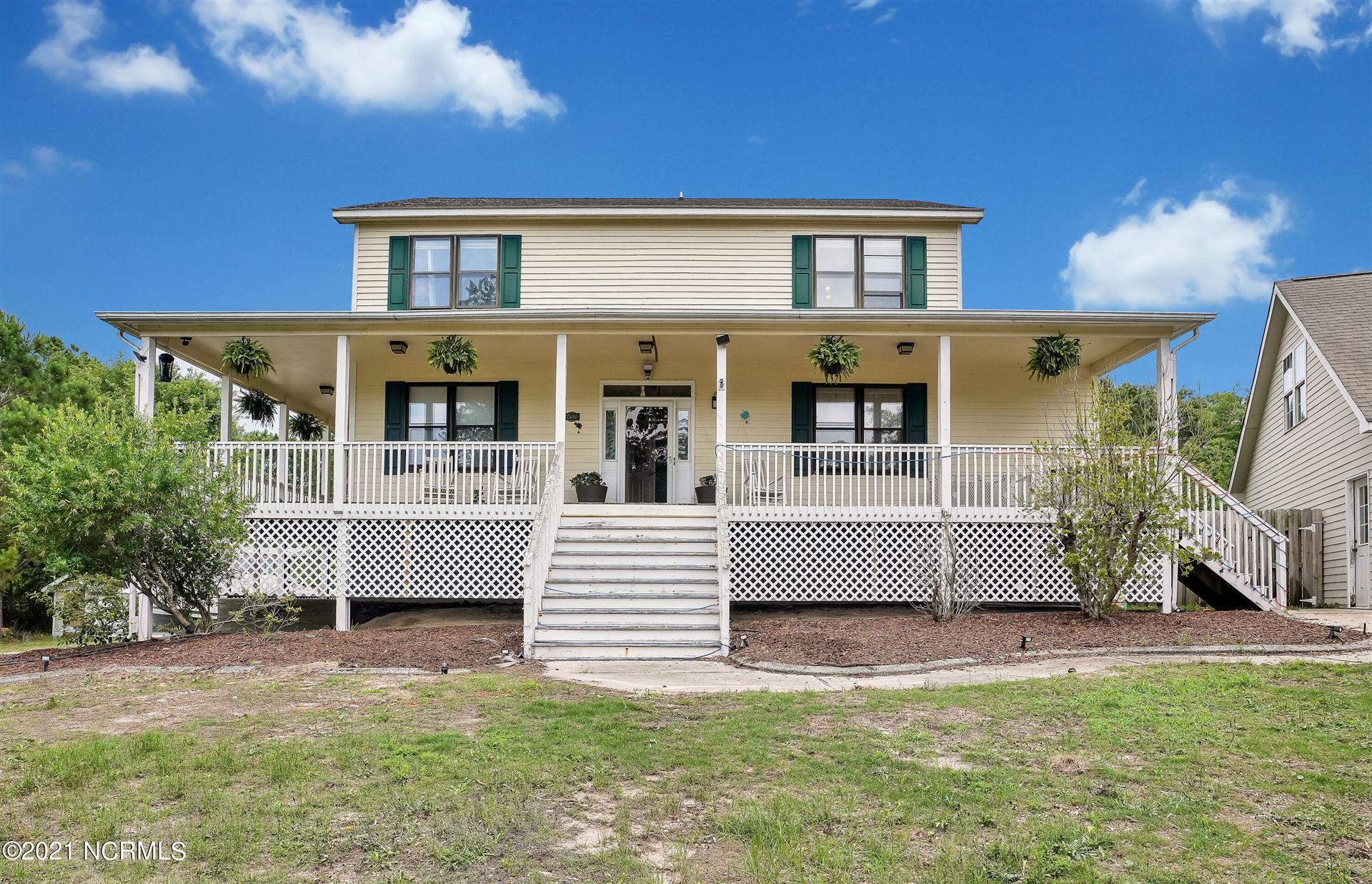 Photo for 7940 Country Lakes Road, Wilmington, NC 28411 (MLS # 100276131)