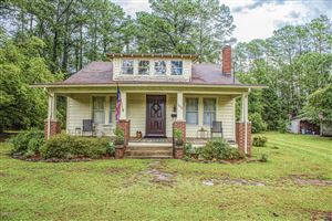 Photo of 1408 Us Highway 17, New Bern, NC 28560 (MLS # 100181134)