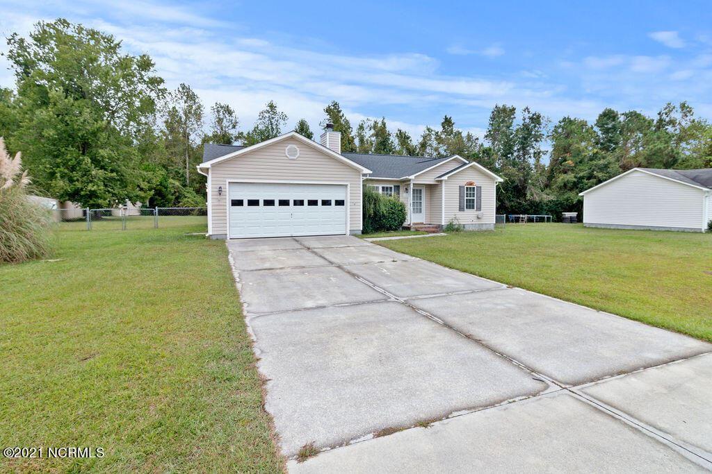 Photo of 112 Ellen Court, Jacksonville, NC 28540 (MLS # 100293138)