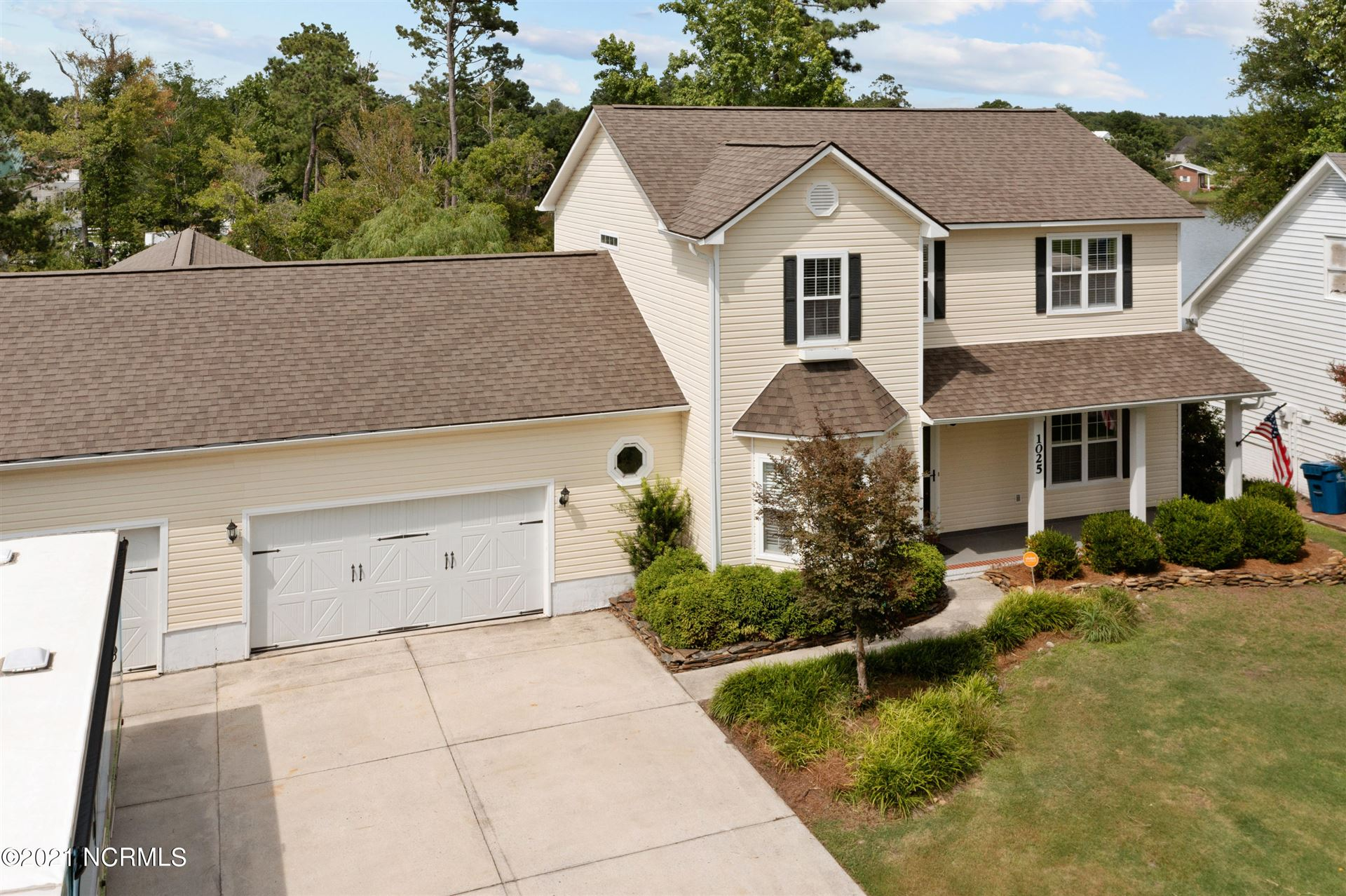 Photo for 1025 Meridian Drive, Sneads Ferry, NC 28460 (MLS # 100280141)