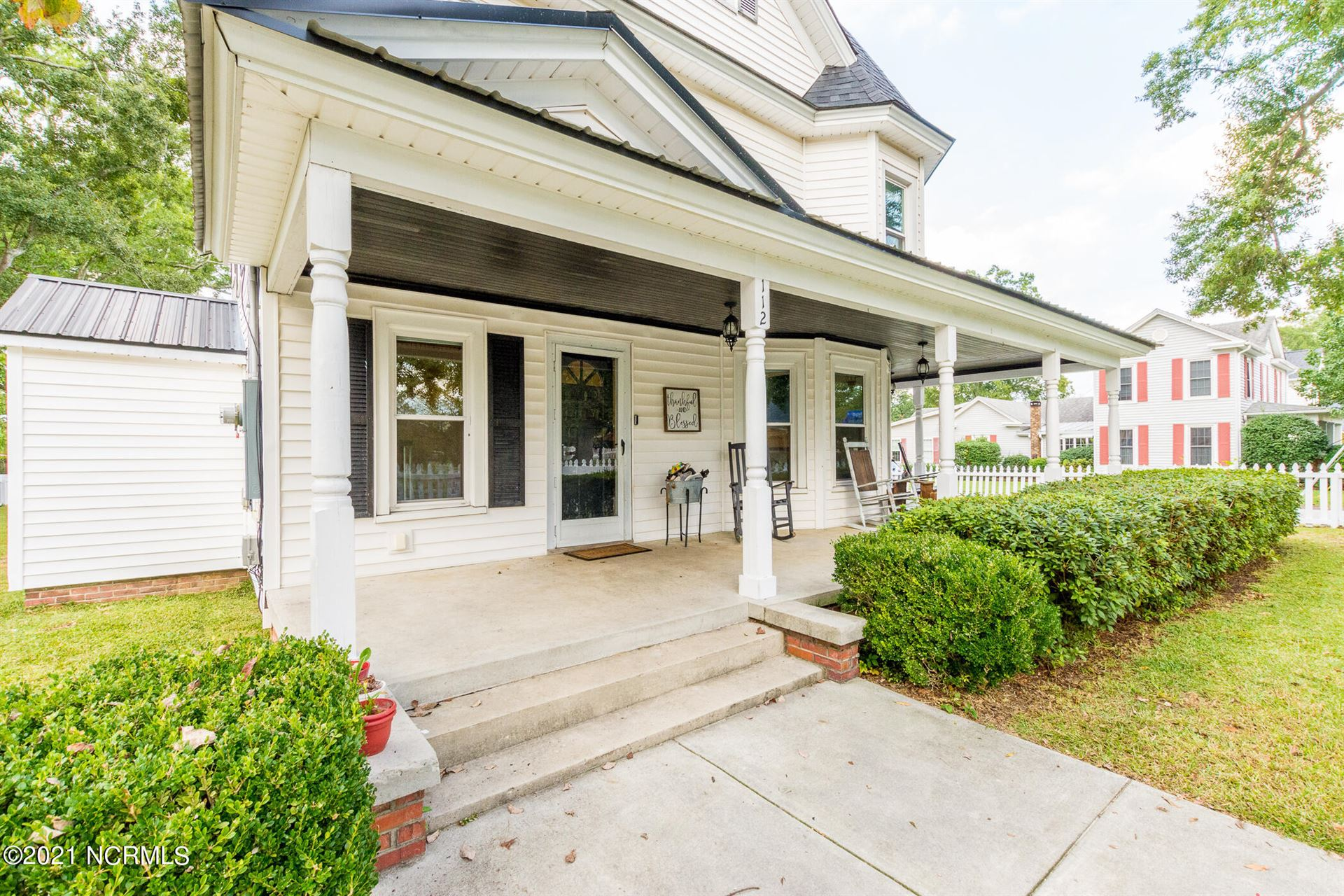 Photo of 112 E Hargett Street, Richlands, NC 28574 (MLS # 100292141)