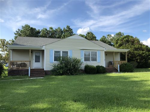 Photo of 200 Lakeside Drive, Sneads Ferry, NC 28460 (MLS # 100232143)