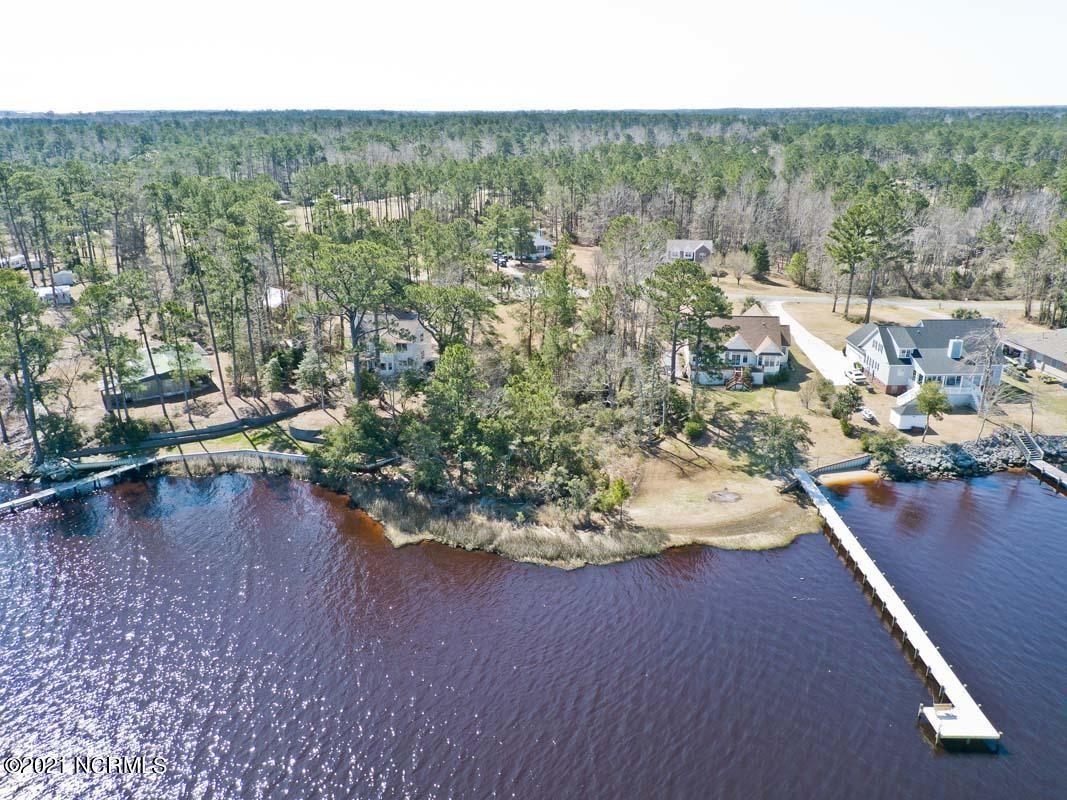 Photo of 697 White Oak Crossing, Swansboro, NC 28584 (MLS # 100261143)