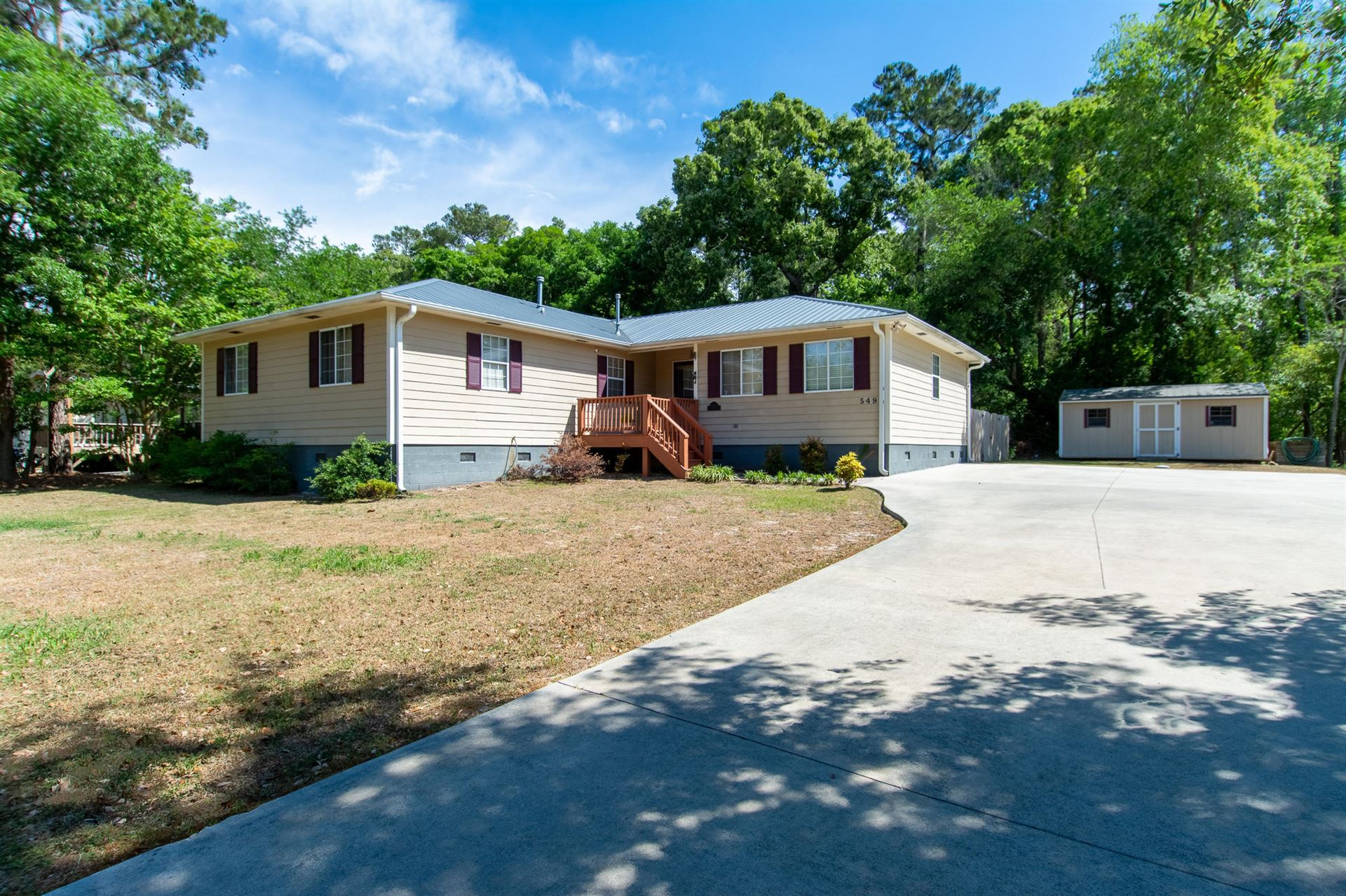 Photo of 549 Groves Point Drive, Hampstead, NC 28443 (MLS # 100269143)