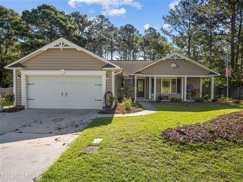 Photo of 208 Egret Point Drive, Sneads Ferry, NC 28460 (MLS # 100279145)