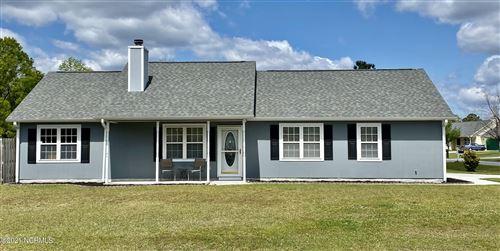 Photo of 101 Glenwood Drive, Hubert, NC 28539 (MLS # 100266147)