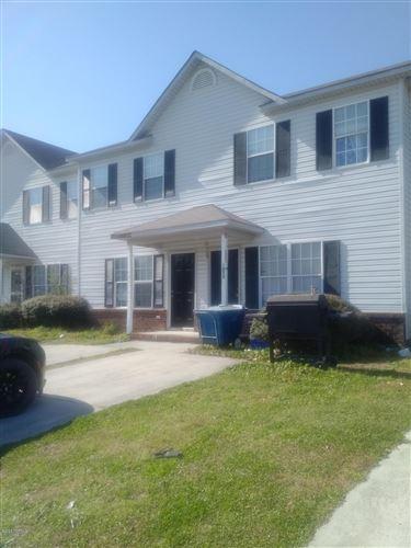 Photo of 1073 W Pueblo Drive, Jacksonville, NC 28546 (MLS # 100219150)