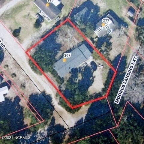 Photo of 207 Moores Landing Ext, Hampstead, NC 28443 (MLS # 100290150)