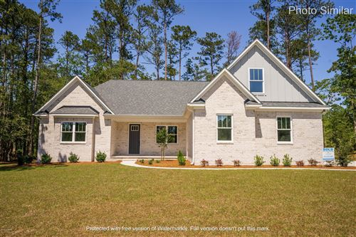 Photo of 506 Crown Pointe Drive, Hampstead, NC 28443 (MLS # 100225151)