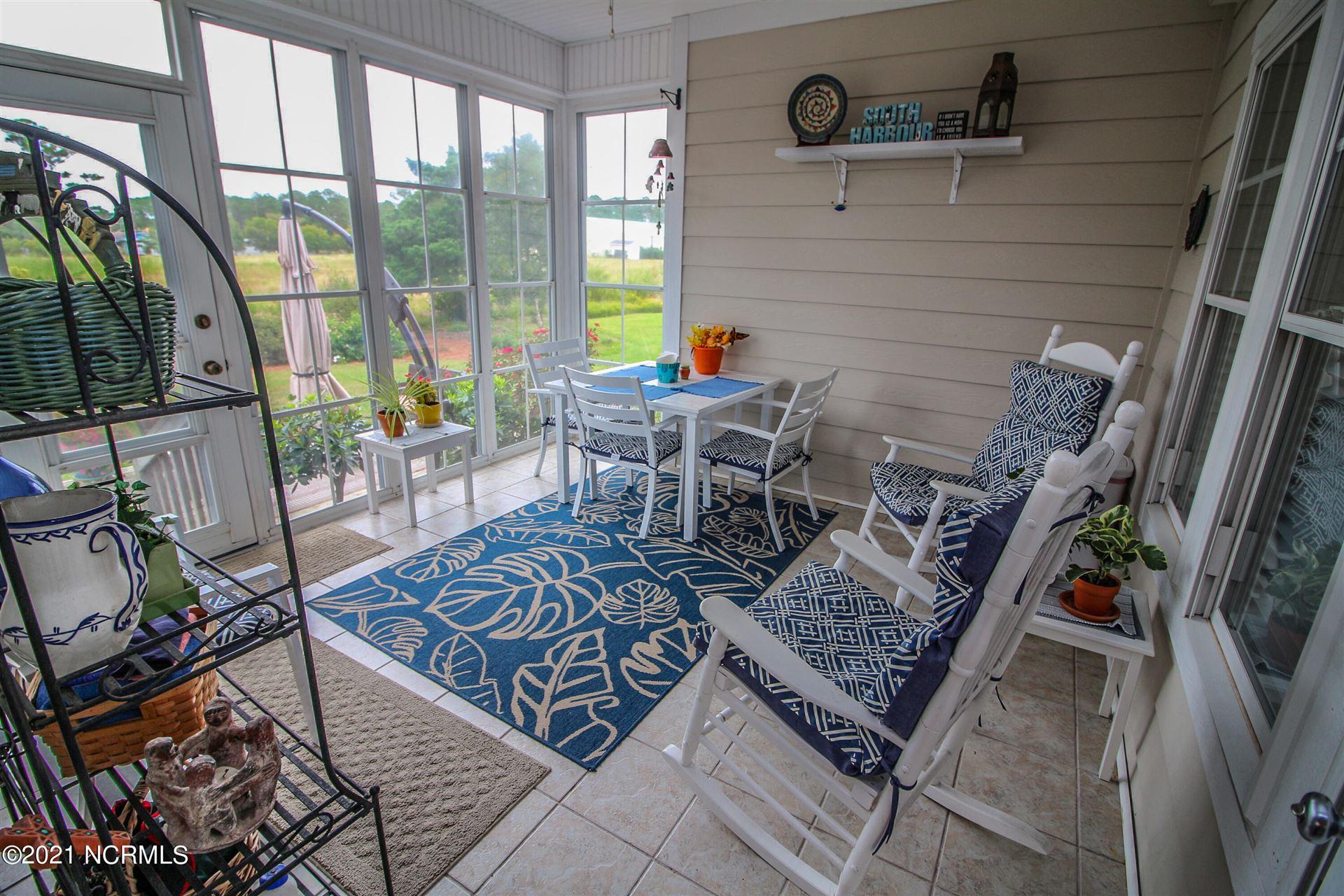 Photo of 5084 Glen Cove Drive SE, Southport, NC 28461 (MLS # 100295151)