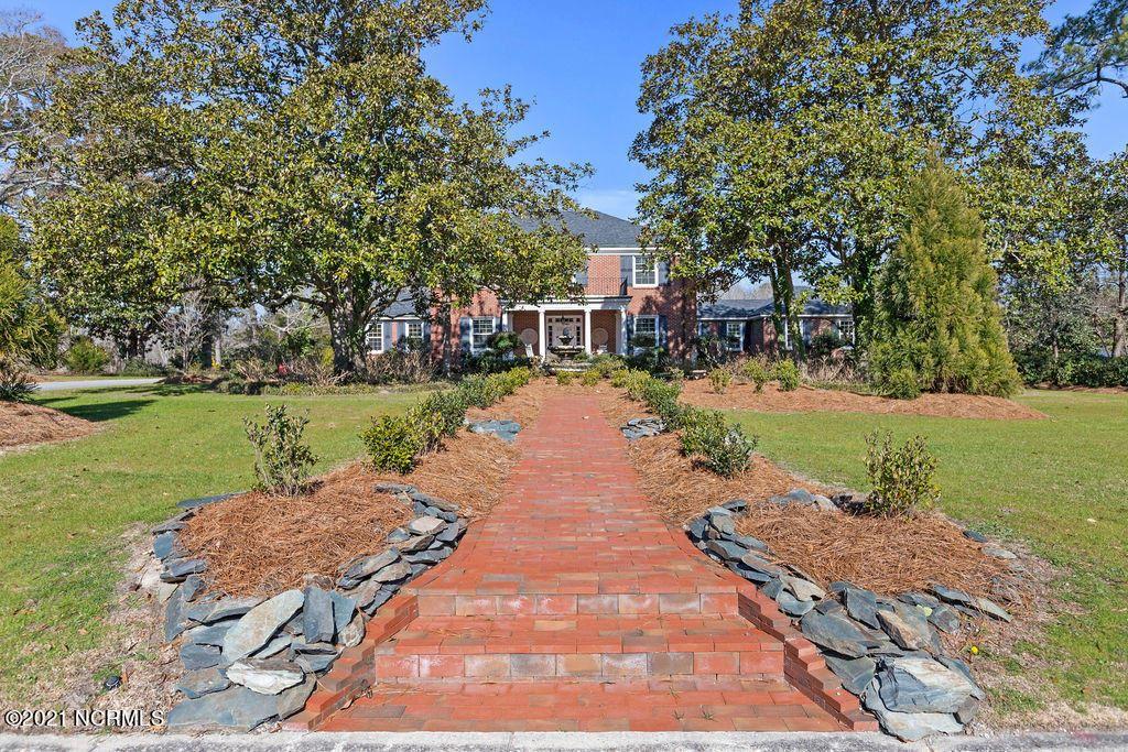Photo of 310 Woodland Drive, Jacksonville, NC 28540 (MLS # 100252152)