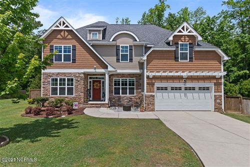 Photo of 105 Hunterswood Court, Jacksonville, NC 28546 (MLS # 100270154)
