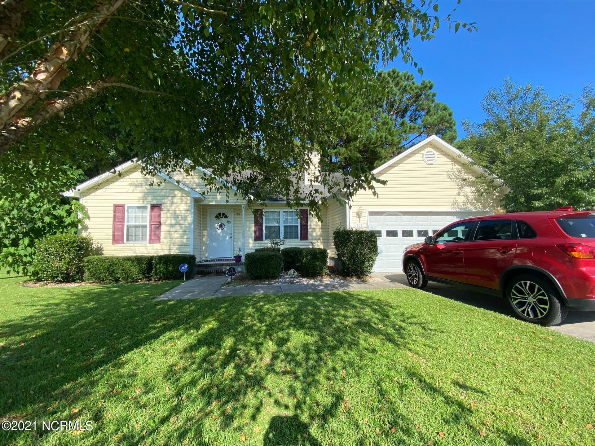 Photo of 106 Knotts Court, Sneads Ferry, NC 28460 (MLS # 100288159)