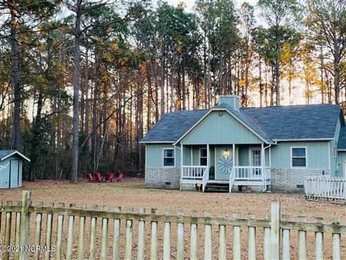 Photo of 188 Leslie Lane, Swansboro, NC 28584 (MLS # 100268160)