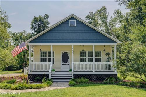 Photo of 106 Lands End Court, Hampstead, NC 28443 (MLS # 100284161)