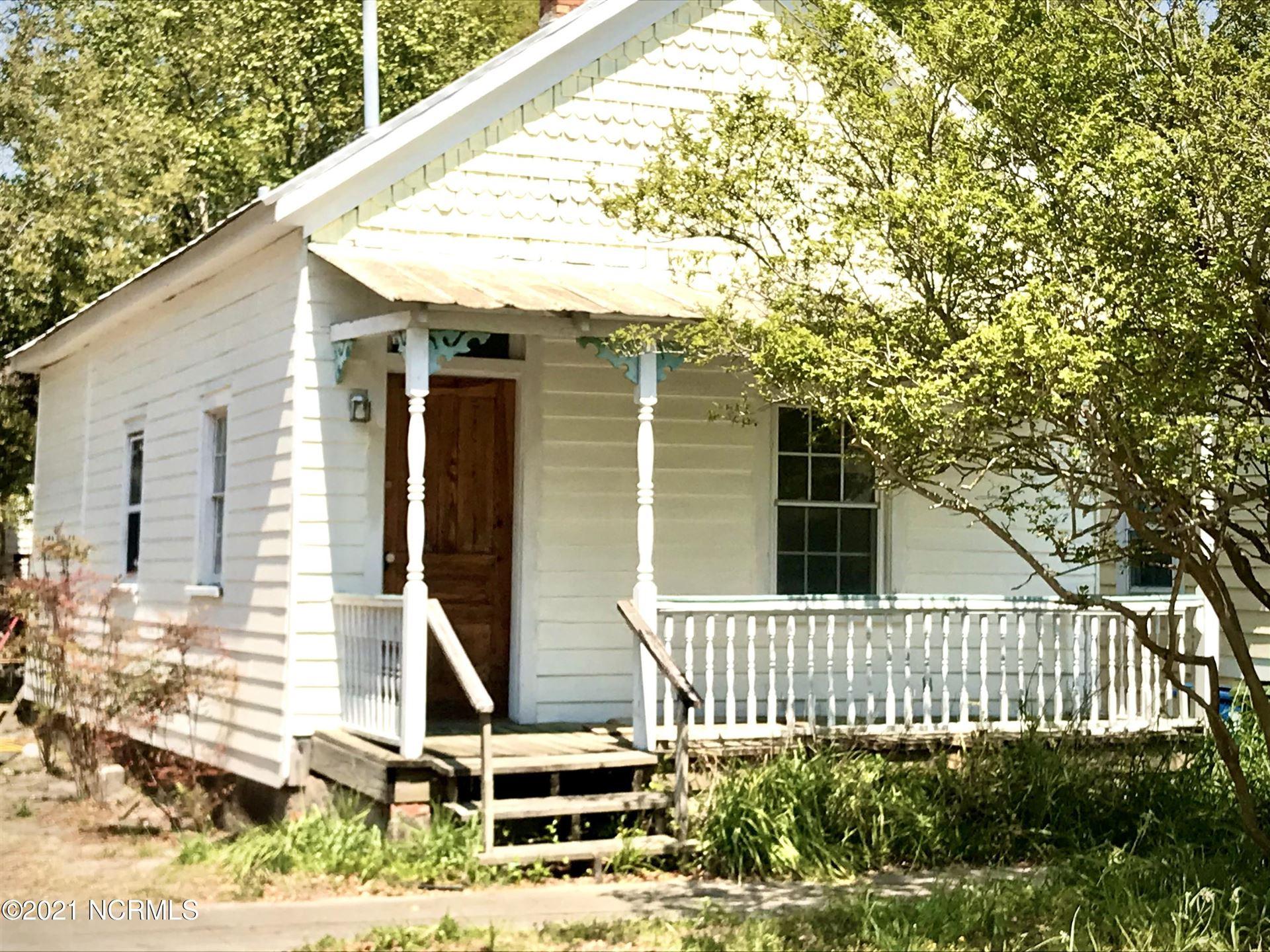 Photo for 805 Walnut Street, Wilmington, NC 28401 (MLS # 100267161)