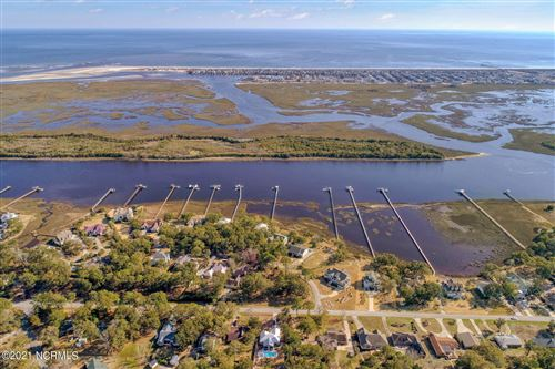 Photo of 515 Twisted Oak Lane, Sunset Beach, NC 28468 (MLS # 100260164)