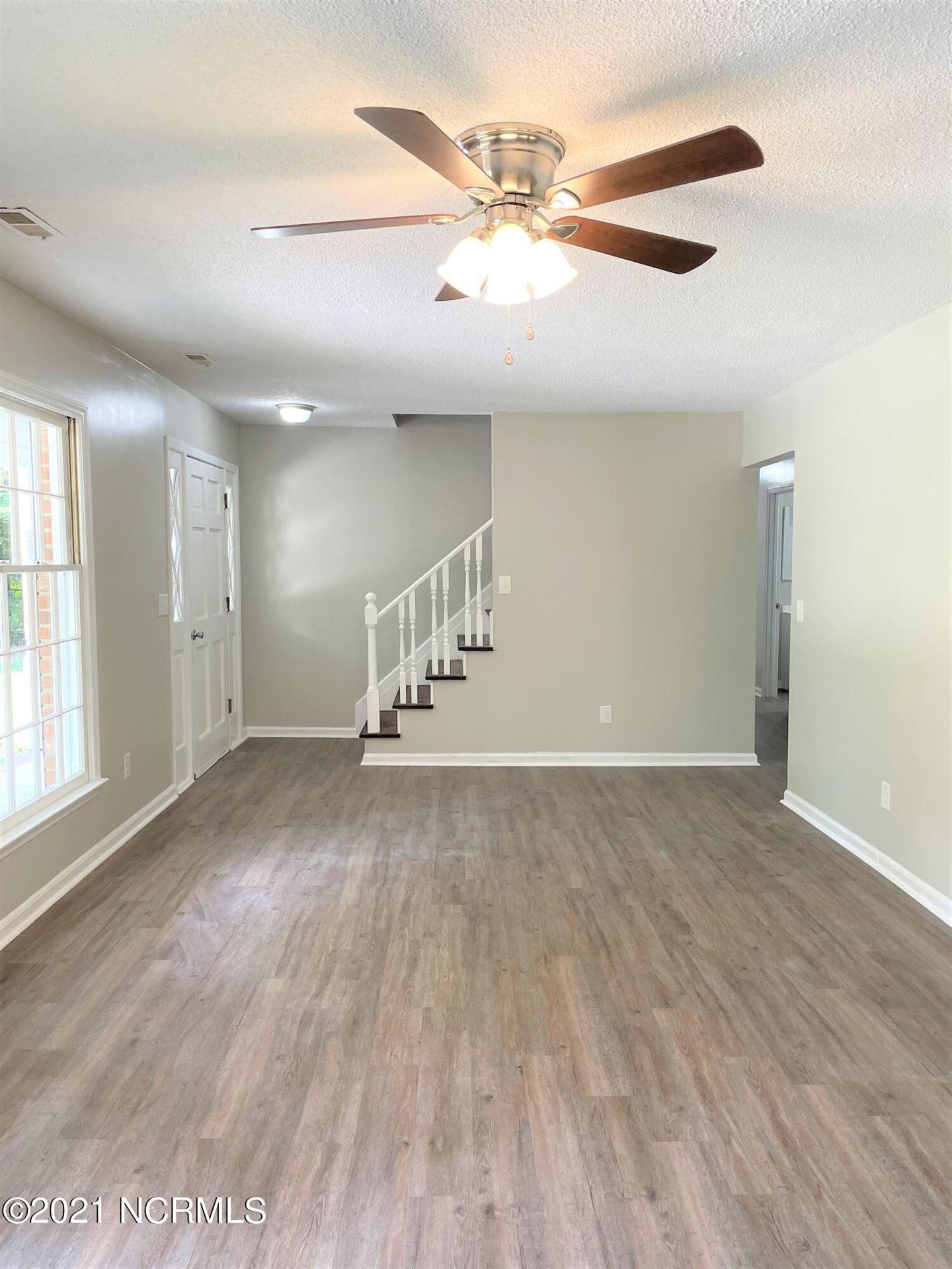 Photo of 1285 Old Maplehurst Road, Jacksonville, NC 28540 (MLS # 100293164)