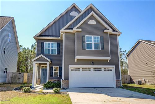 Photo of 405 Pebble Shore Drive, Sneads Ferry, NC 28460 (MLS # 100210165)