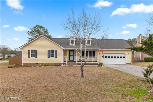 Photo of 101 Sweet Bay Court, Richlands, NC 28574 (MLS # 100276165)