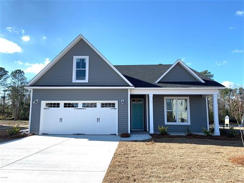 Photo of 52 St Lawrence Drive, Rocky Point, NC 28457 (MLS # 100185171)