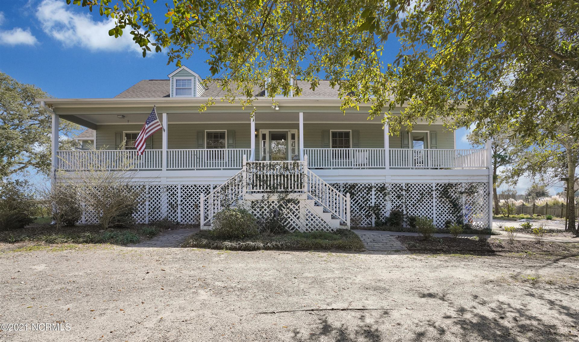 Photo of 221 Oyster Bay Lane, Wilmington, NC 28409 (MLS # 100270174)