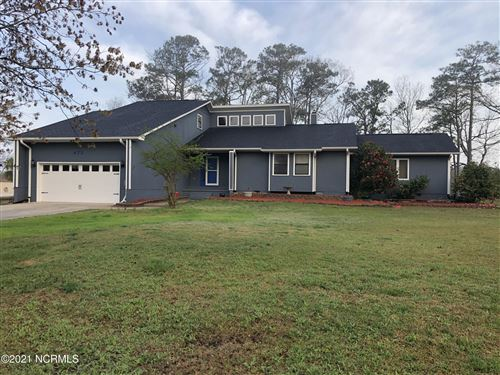 Photo of 473 Chadwick Shores Drive, Sneads Ferry, NC 28460 (MLS # 100263176)