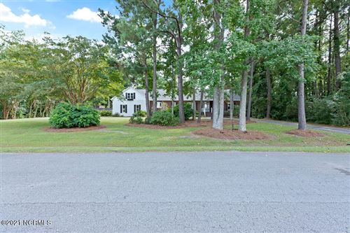 Photo of 812 Willbrook Circle, Sneads Ferry, NC 28460 (MLS # 100291178)