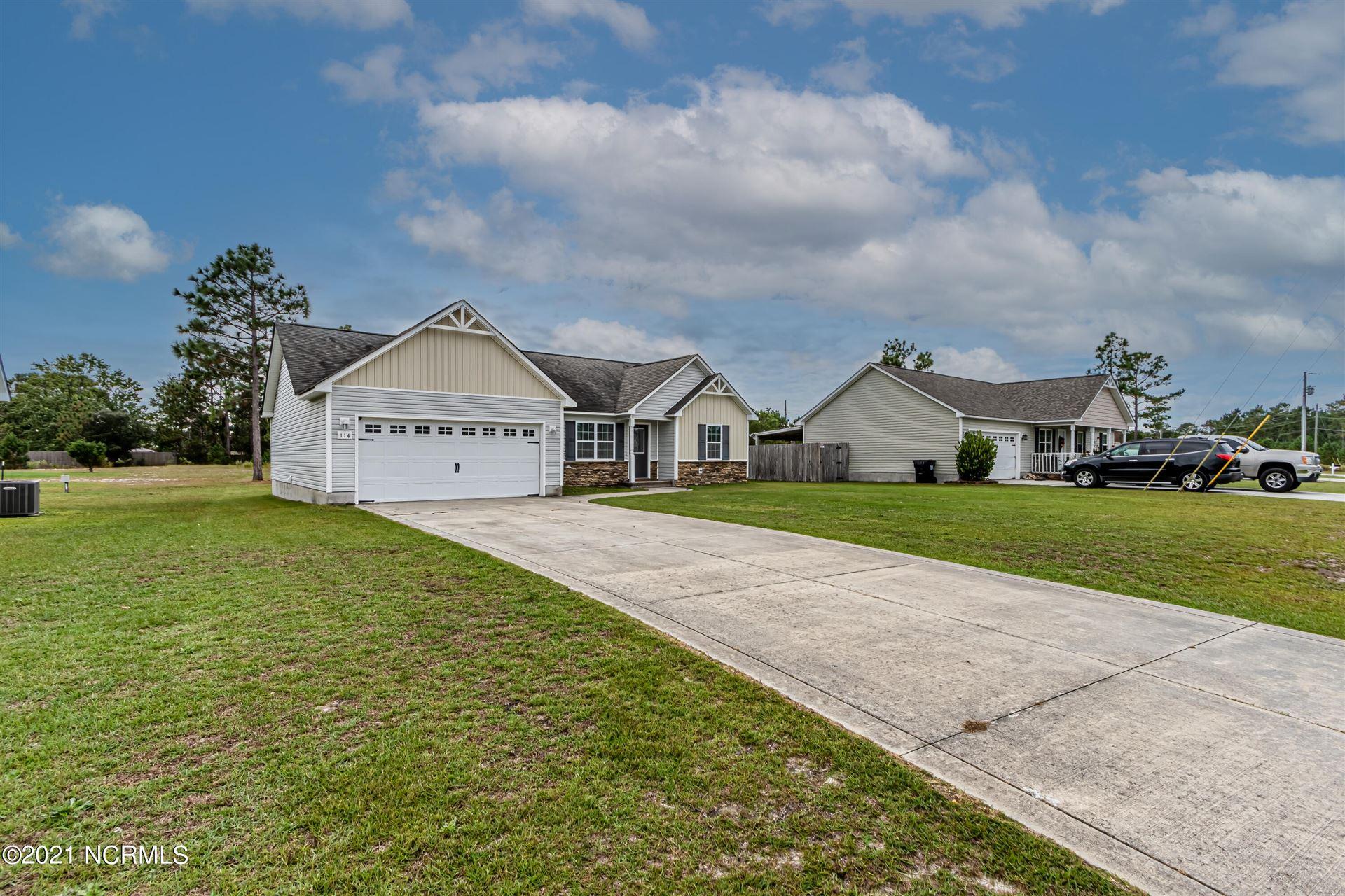 Photo of 114 Rosemary Avenue, Hubert, NC 28539 (MLS # 100295180)