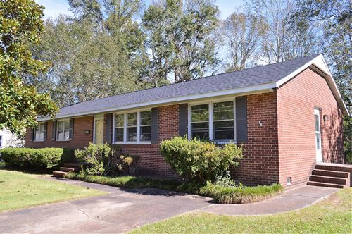 Photo of 720 Gardenview Drive, Jacksonville, NC 28540 (MLS # 100137183)