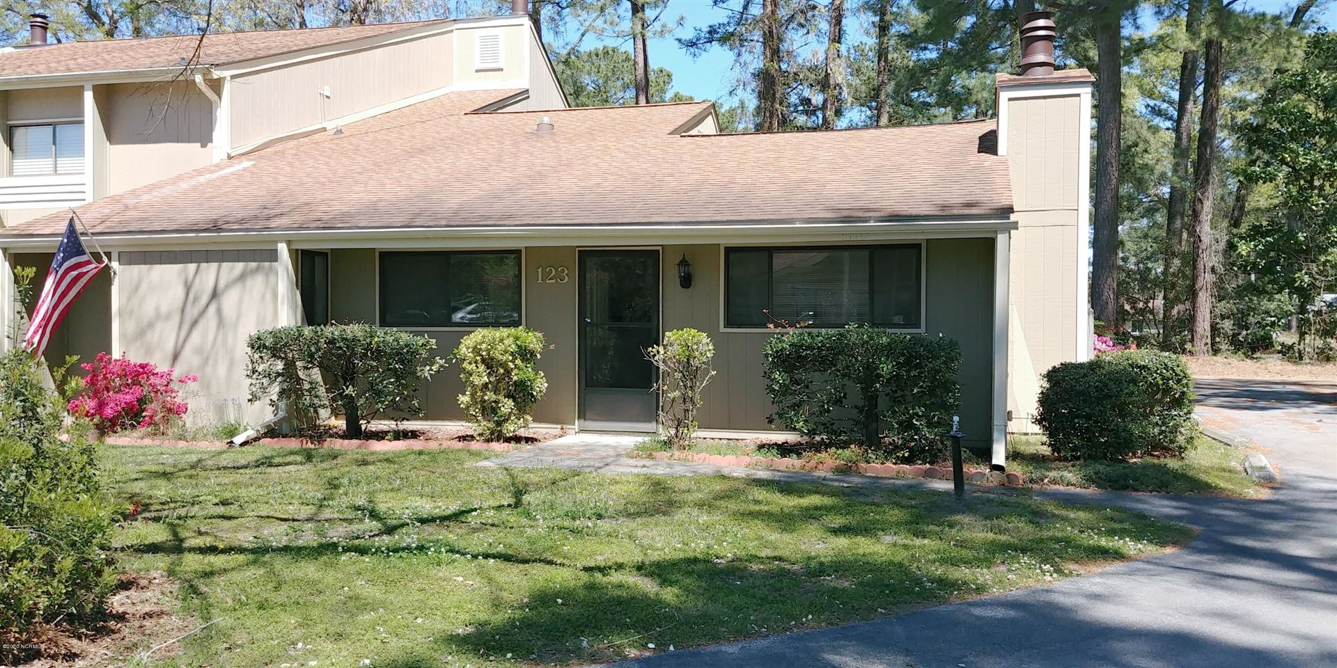 123 Quarterdeck Townhouses, New Bern, NC 28562 - #: 100212183