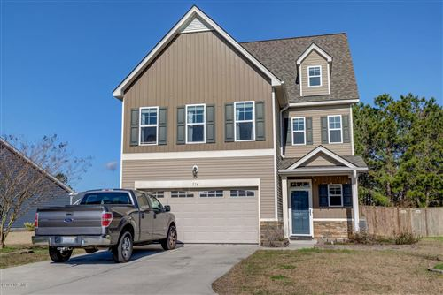Photo of 214 Long Pond Drive, Sneads Ferry, NC 28460 (MLS # 100202185)