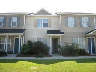Photo of 356 Hunting Green Drive, Jacksonville, NC 28546 (MLS # 100284187)