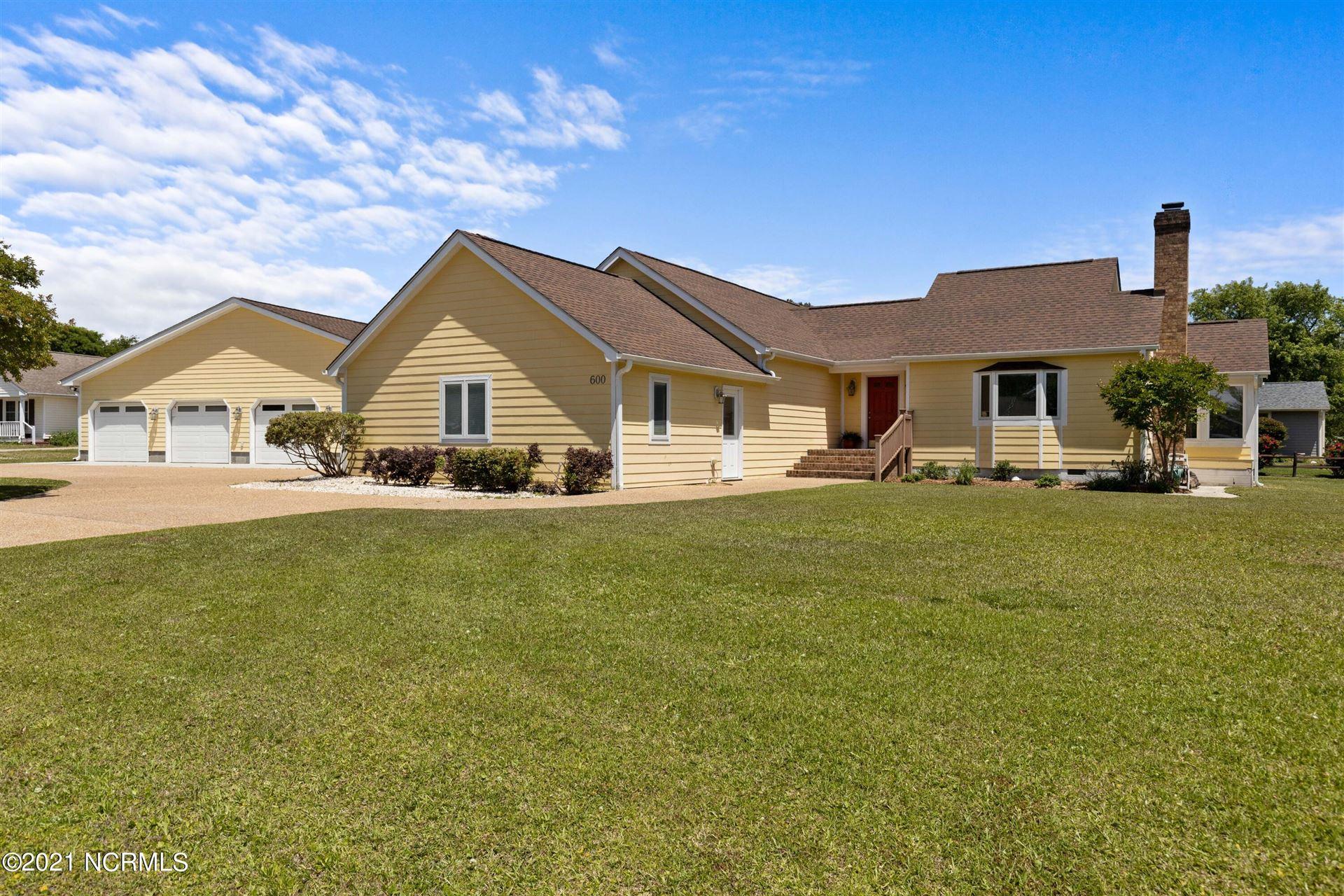 600 Garden Road, Morehead City, NC 28557 - #: 100270188