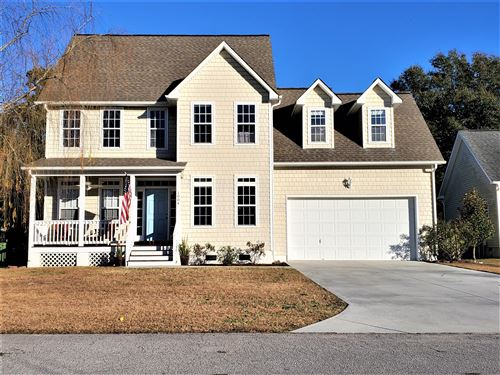 Photo of 1004 Meridian Drive, Sneads Ferry, NC 28460 (MLS # 100198189)