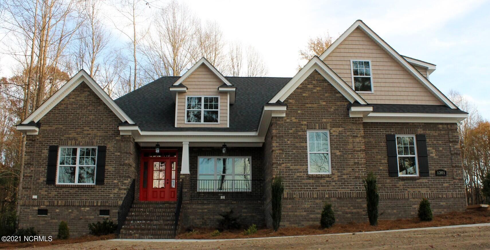 Photo of 1301 Blue Heron Drive, Nashville, NC 27856 (MLS # 100268189)