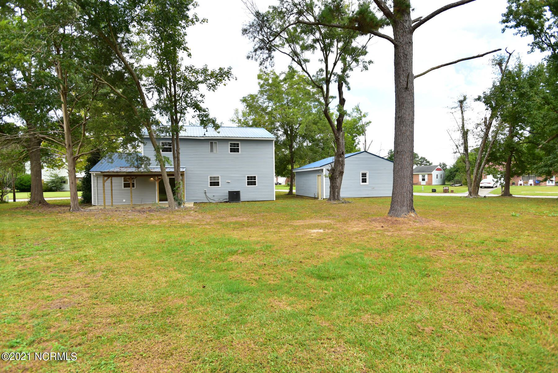Photo of 1214 Castle Drive, Jacksonville, NC 28546 (MLS # 100294189)