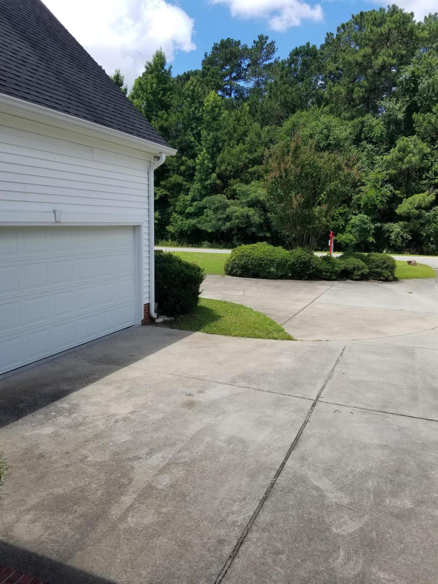 Photo of 13721 Heritage Drive, Laurinburg, NC 28352 (MLS # 100279191)