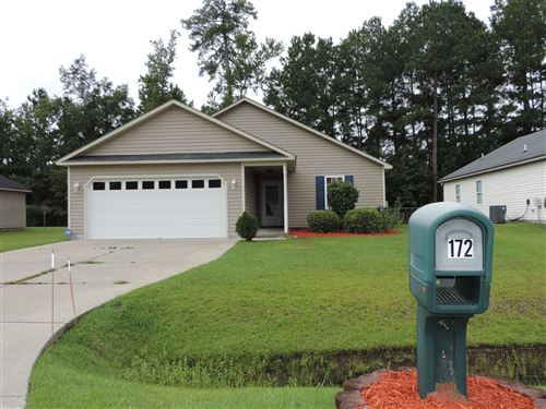 Photo of 172 Oakley Drive, New Bern, NC 28560 (MLS # 100234195)