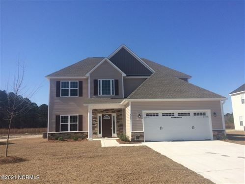 Photo of 923 Farmyard Garden Drive, Jacksonville, NC 28546 (MLS # 100229198)