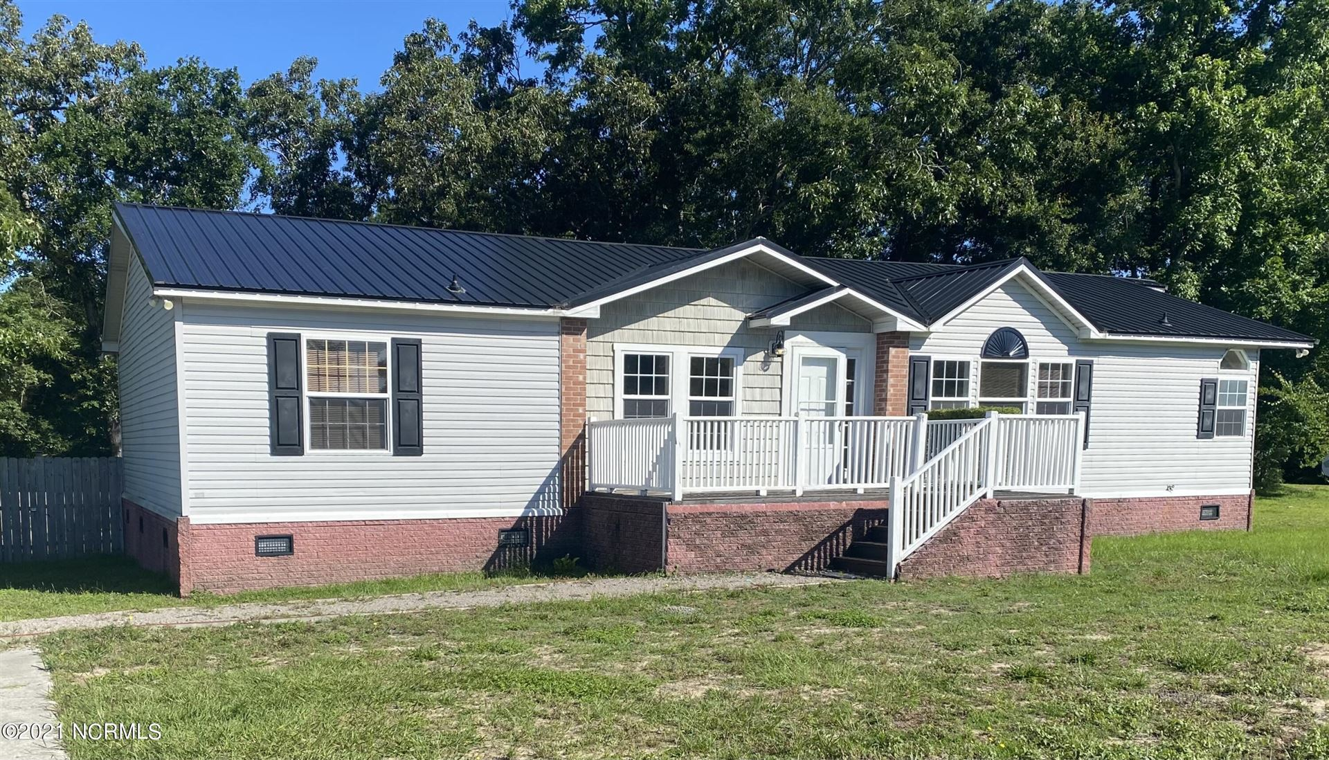 Photo for 120 Windward Drive, Rocky Point, NC 28457 (MLS # 100278199)