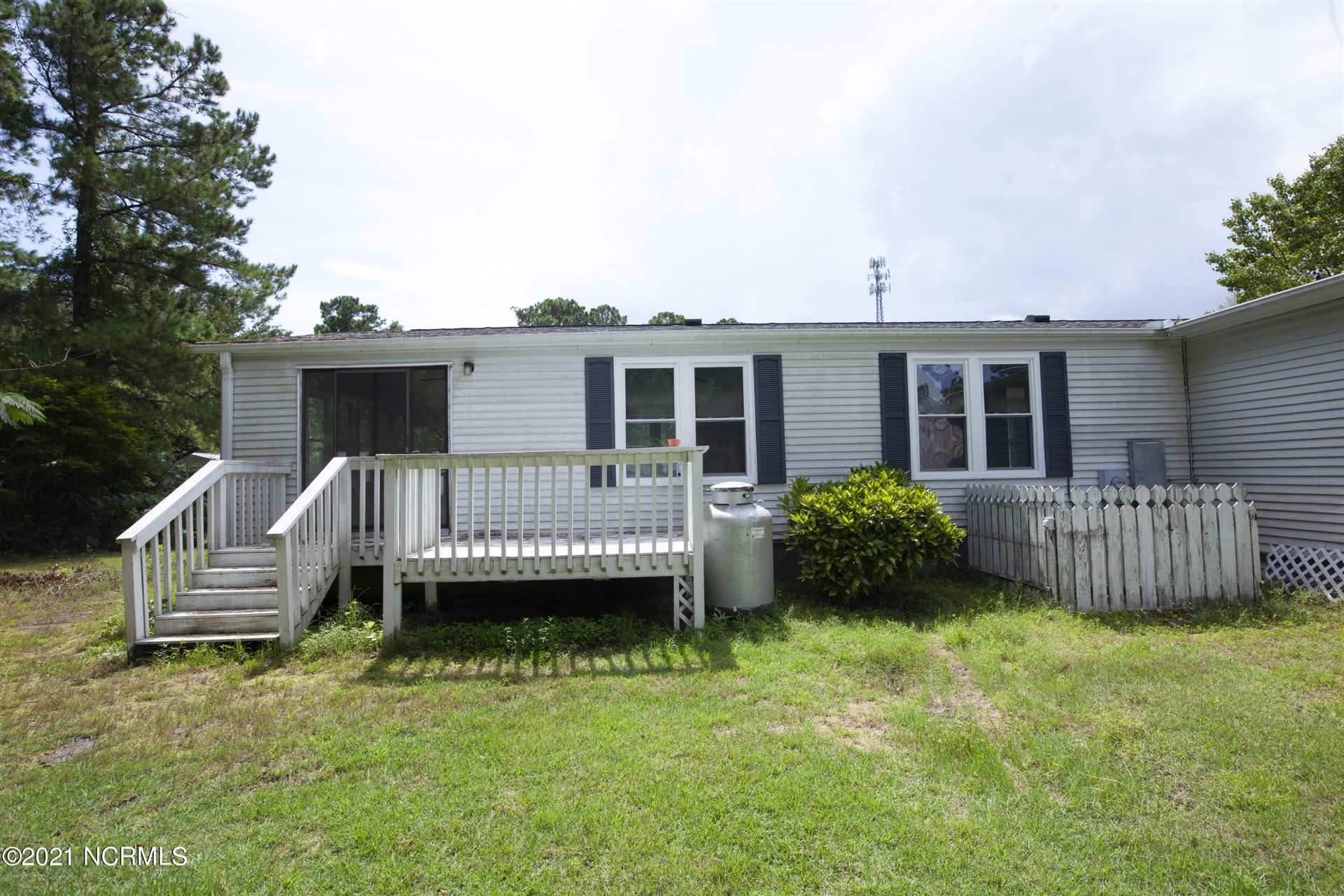 Photo of 637 Outrigger Court, Hampstead, NC 28443 (MLS # 100287202)