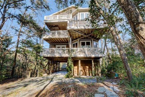 Photo of 114 Driftwood Drive, Surf City, NC 28445 (MLS # 100199206)