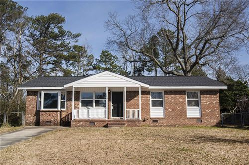 Photo of 119 Sheffield Road, Jacksonville, NC 28546 (MLS # 100204206)