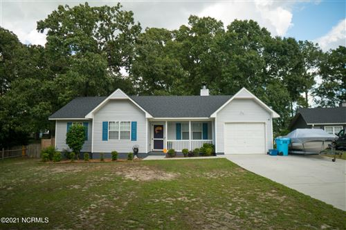Photo of 109 Carriage Hills Court, Richlands, NC 28574 (MLS # 100281208)