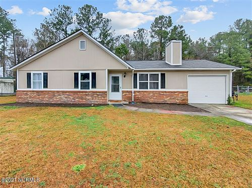 Photo of 115 Hunting Green Drive, Jacksonville, NC 28546 (MLS # 100255209)